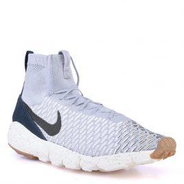 Nike (816560-001)