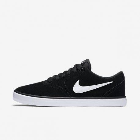 Nike    (843895-001)
