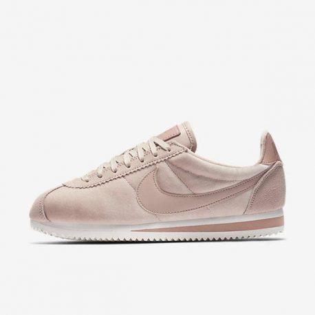 Nike Cortez SE (902856-202)