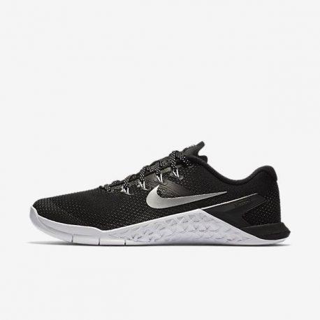 Nike (924593-001)