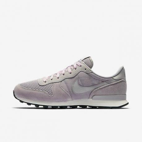 Nike Internationalist SE (Grau) (AJ2024-001)