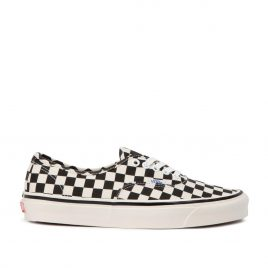 Vans Authentic 44 DX (Schwarz / Weiß) (VN0A38ENOAK)