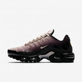 Nike Air Max Plus TN SE (AV2588-001)