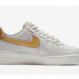 Nike Wmns Air Force 1 07 Metallic (AR0642-001)
