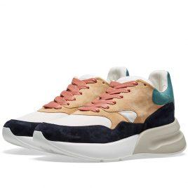 Alexander McQueen Suede Wedge Sole Runner Sneaker (553683WHBGE-8489)