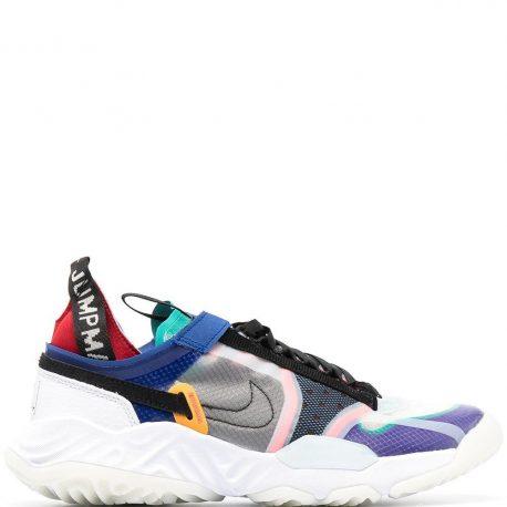 Nike    (CW0783)