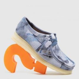 Clarks Originals Wallabee Camo Women's (NVY/MULT/NVY/MULT)