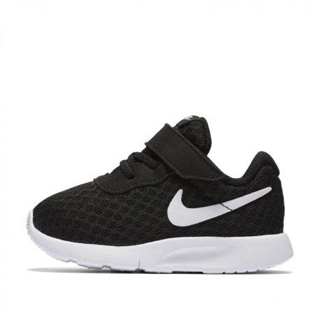Nike Tanjun (818383-011)