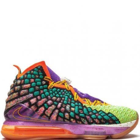 Nike LeBron 17 hightop sneakers (CV8079-900)